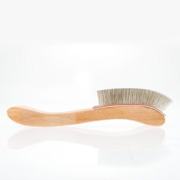 Fine-Belnding-Brush---side-view-1